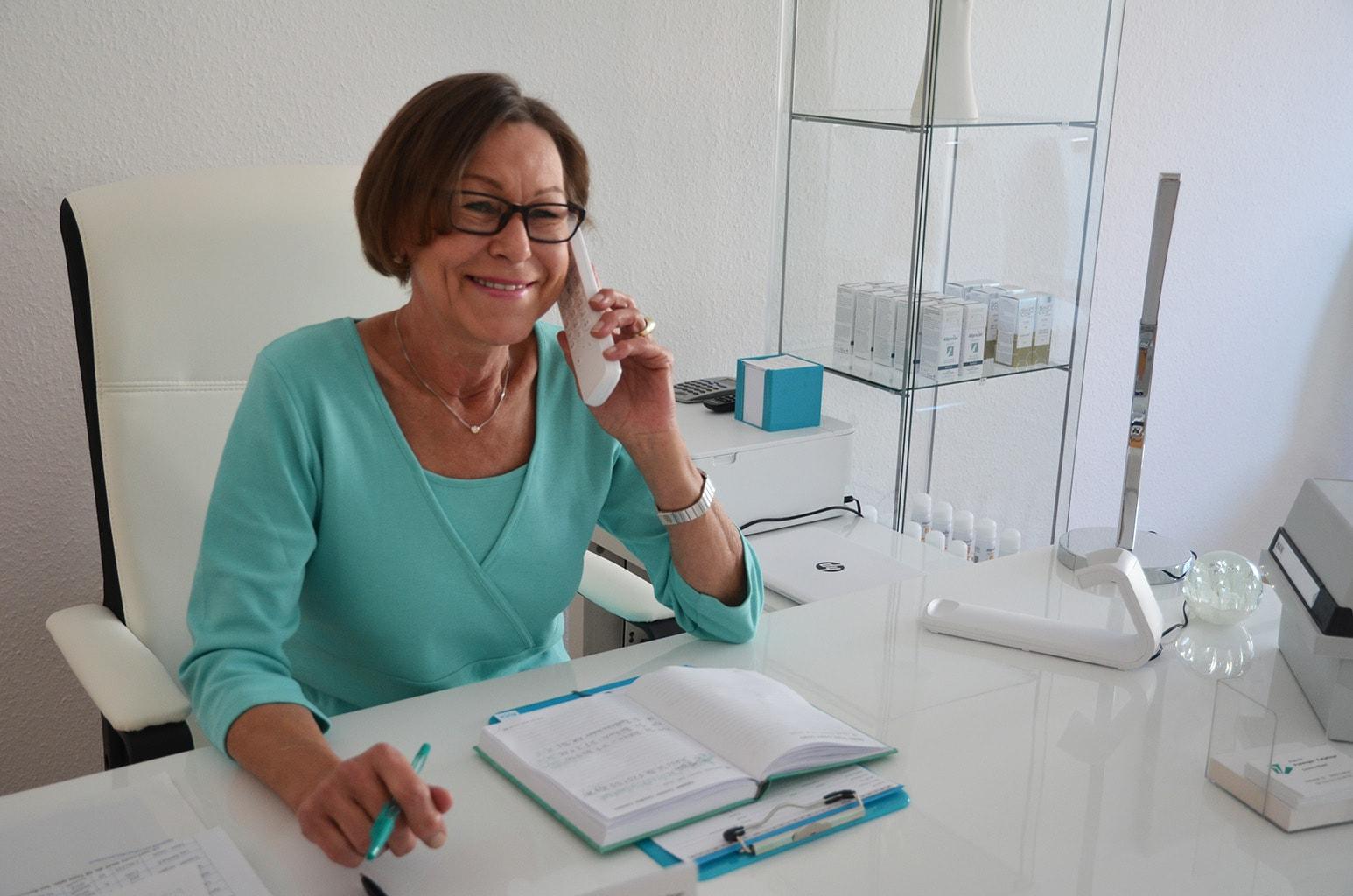 Neue Termine können auch telefonisch vereinbart werden